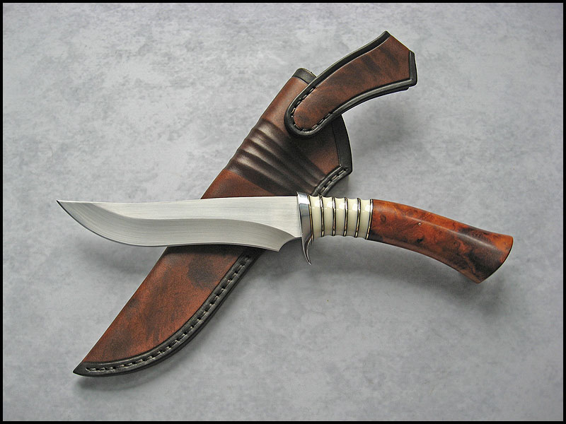 dating western bowie knives Military fighting knives  this large knife has a bowie style blade that is 9 5/8 long it has the standard brass guard and horn handle with finger grooves the handle is held with 2.